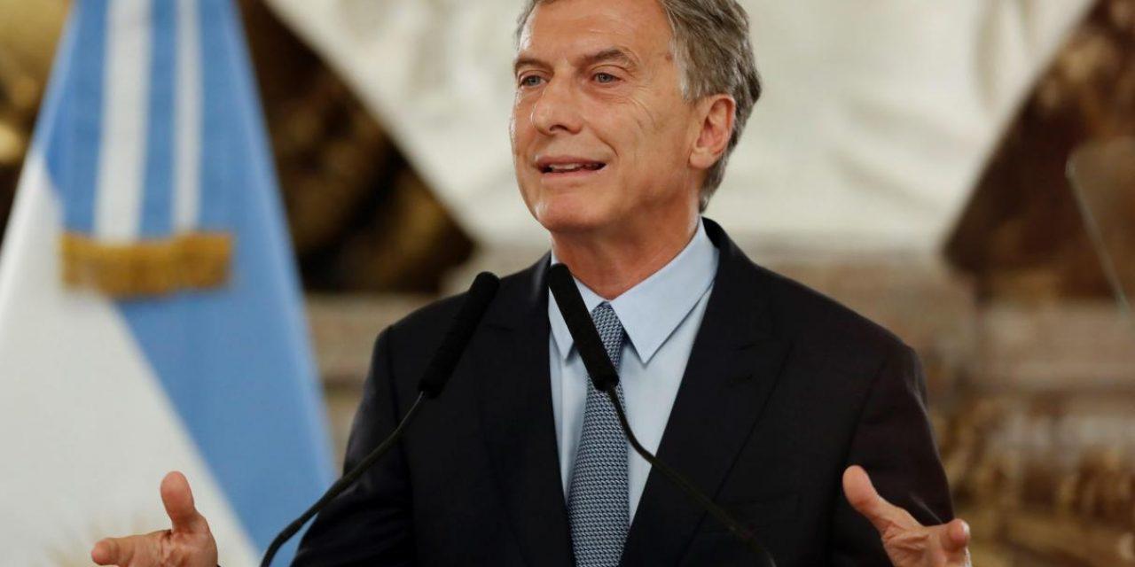 Macri toma medidas para ayudar a sectores de ingresos medios y bajos