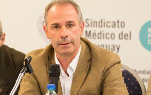 Médicos Independientes piden que Gustavo Grecco pase a Comité de Ética por hablar de caceroleos