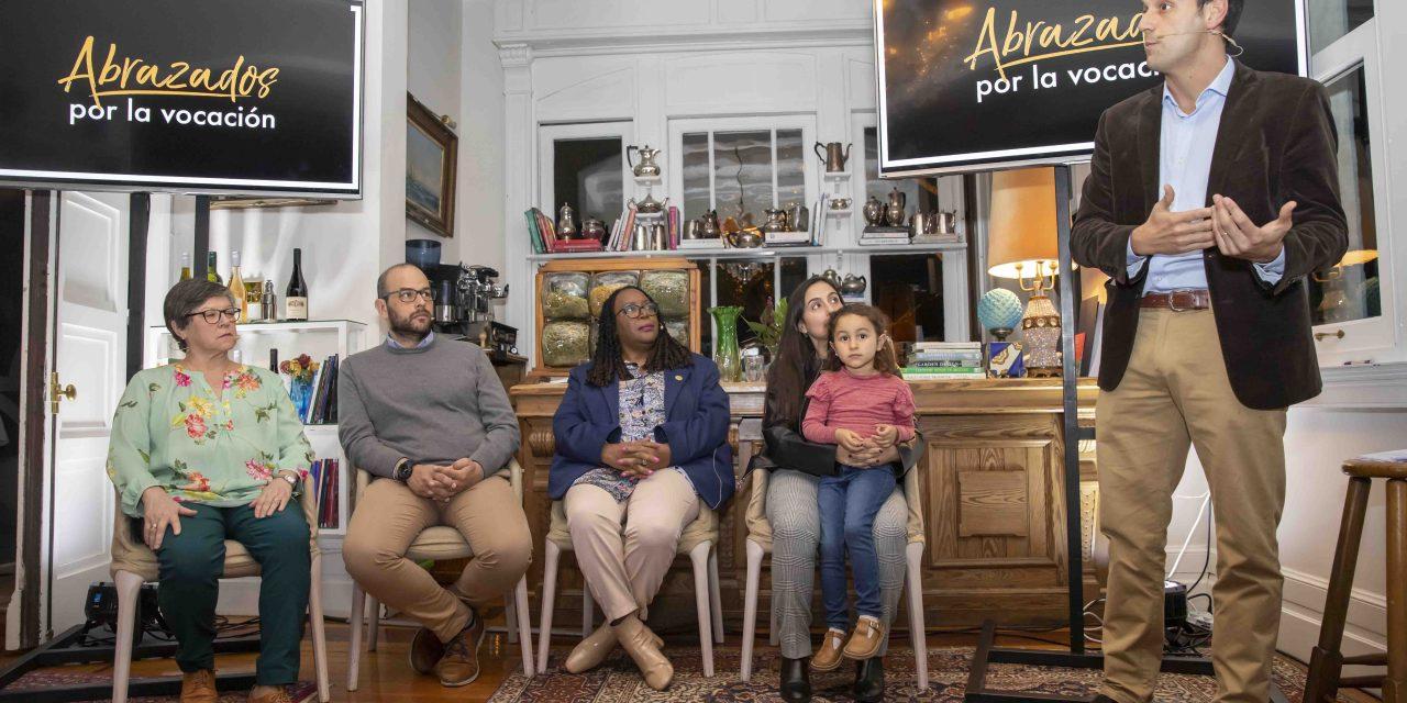Alcance presentó su campaña Abrazados por la vocación