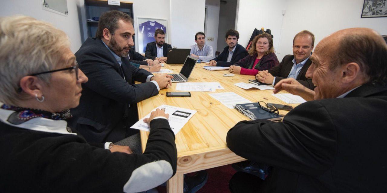 Quiénes son los 15 asesores en economía de Martínez