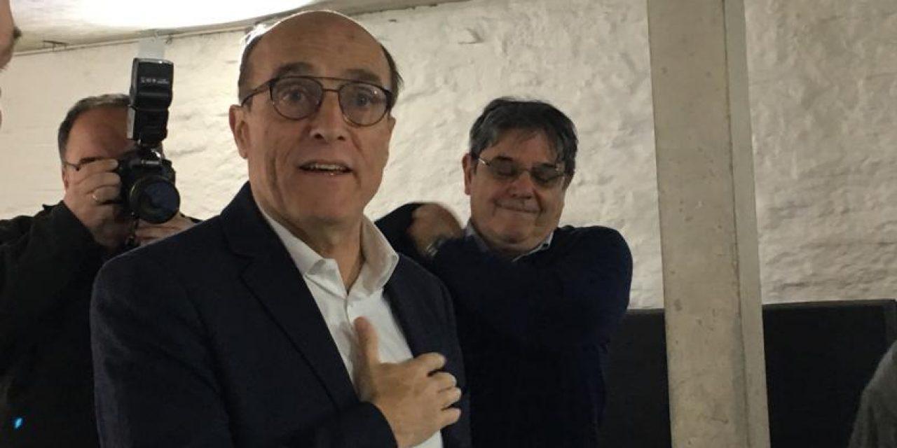 Martínez lidera la intención de votos con 30%, siete puntos sobre Lacalle Pou