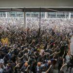 Continúan manifestaciones en Cataluña y se suman clubes en apoyo