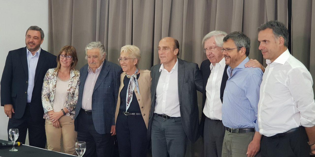 Martínez confirma a Mujica como ministro de Ganadería y a Astori como canciller en eventual gobierno
