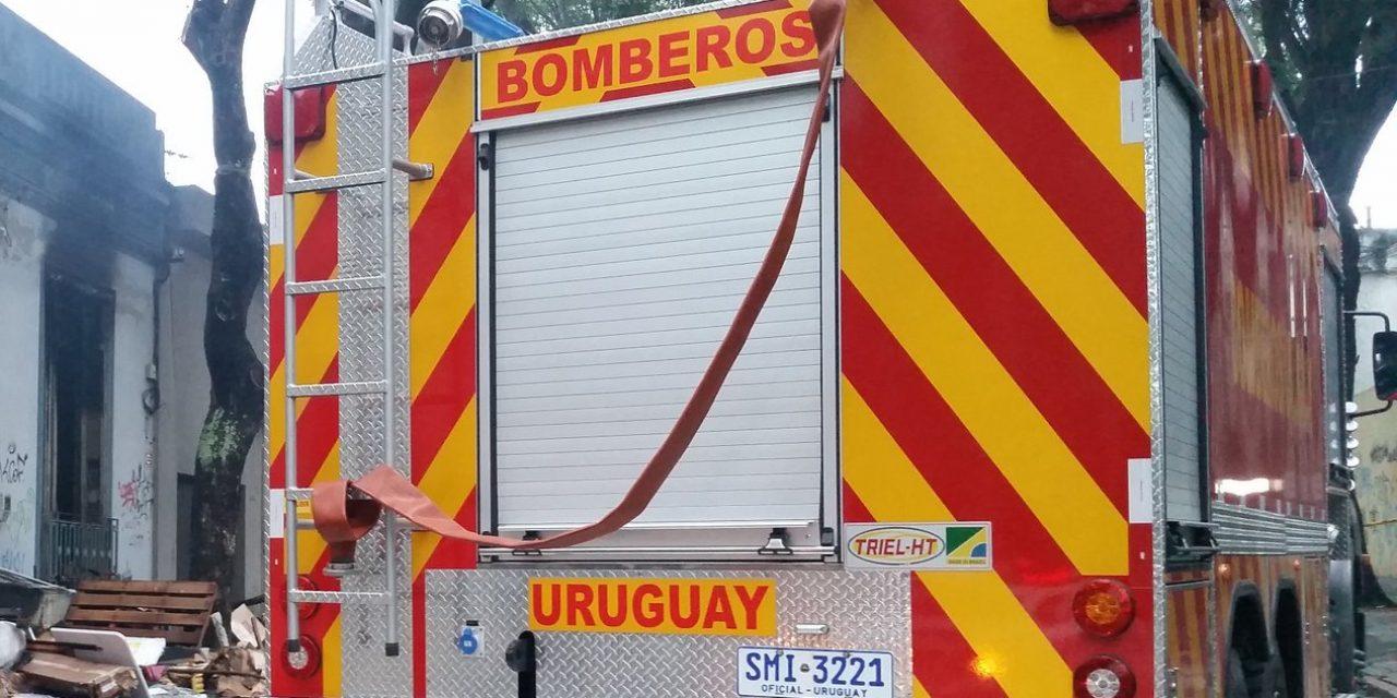 Una niña de 2 años fue rescatada por Bomberos tras incendiarse su vivienda