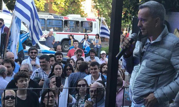 """Julio Ríos habló en acto de la coalición multicolor; """"parece que tenemos nuevo dirigente"""""""