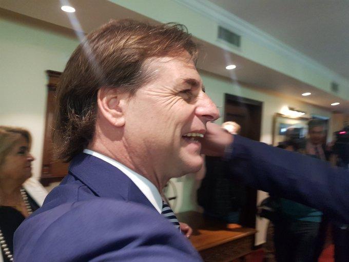 Esposa del presidente electo manifiesta intenciones de colaborar con el próximo gobierno