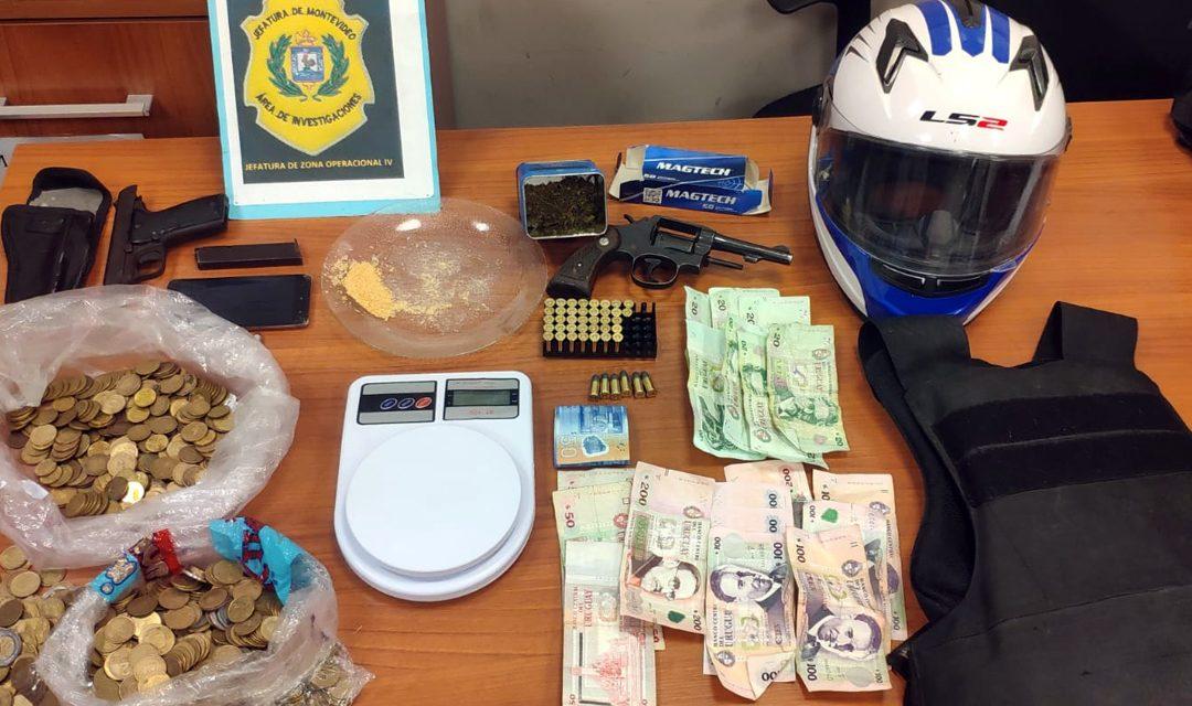 Incautan armas y chalecos antibalas tras allanamientos por robos policías