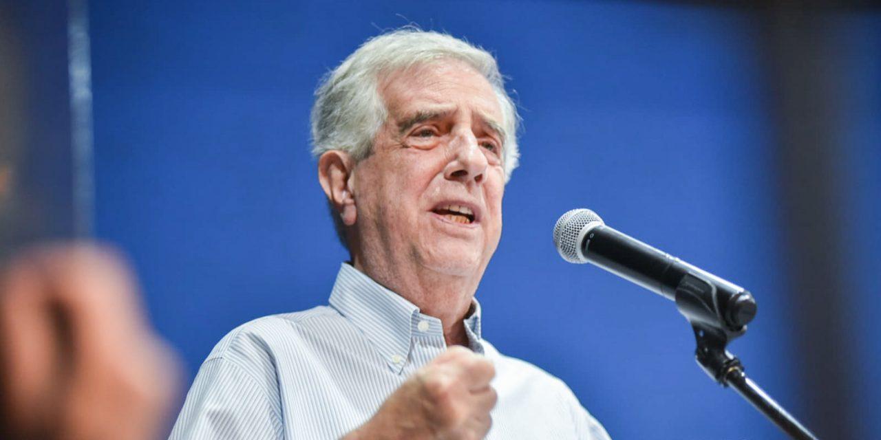 Vázquez fue un estadista y dejará un legado, pero no habrá vasquismo, según dos biógrafos