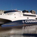 Barco de Colonia Express sufrió una avería y prefectura evitó que se hundiera