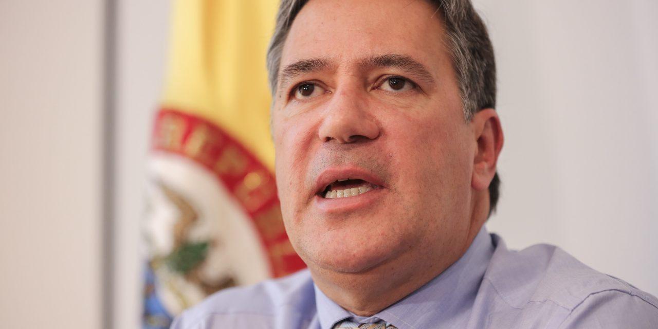 Hallaron un laboratorio de drogas en casa familiar del embajador de Colombia en Uruguay