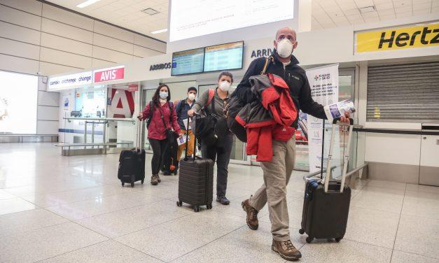 Reino Unido veta  vuelos desde Portugal y 14 países de Sudamérica por variante de Coronavirus detectada en Brasil