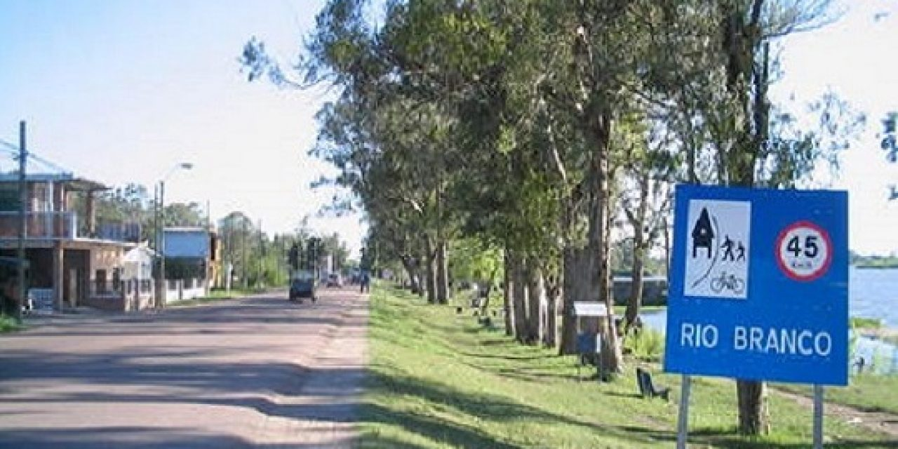 Incautaron drogas, dinero y un arma tras operativo policial en Cerro Largo
