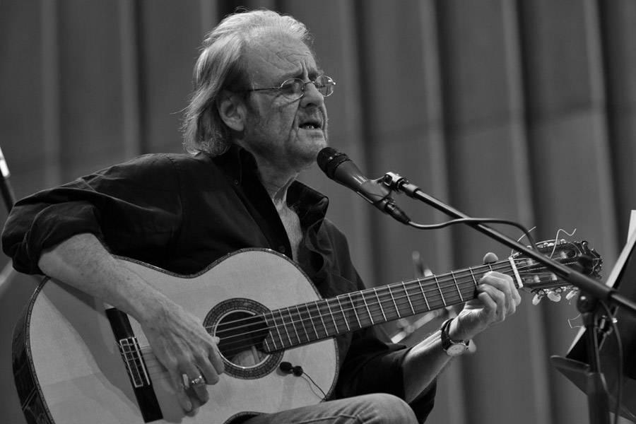 Falleció a los 76 años en Madrid el cantante Luis Eduardo Aute