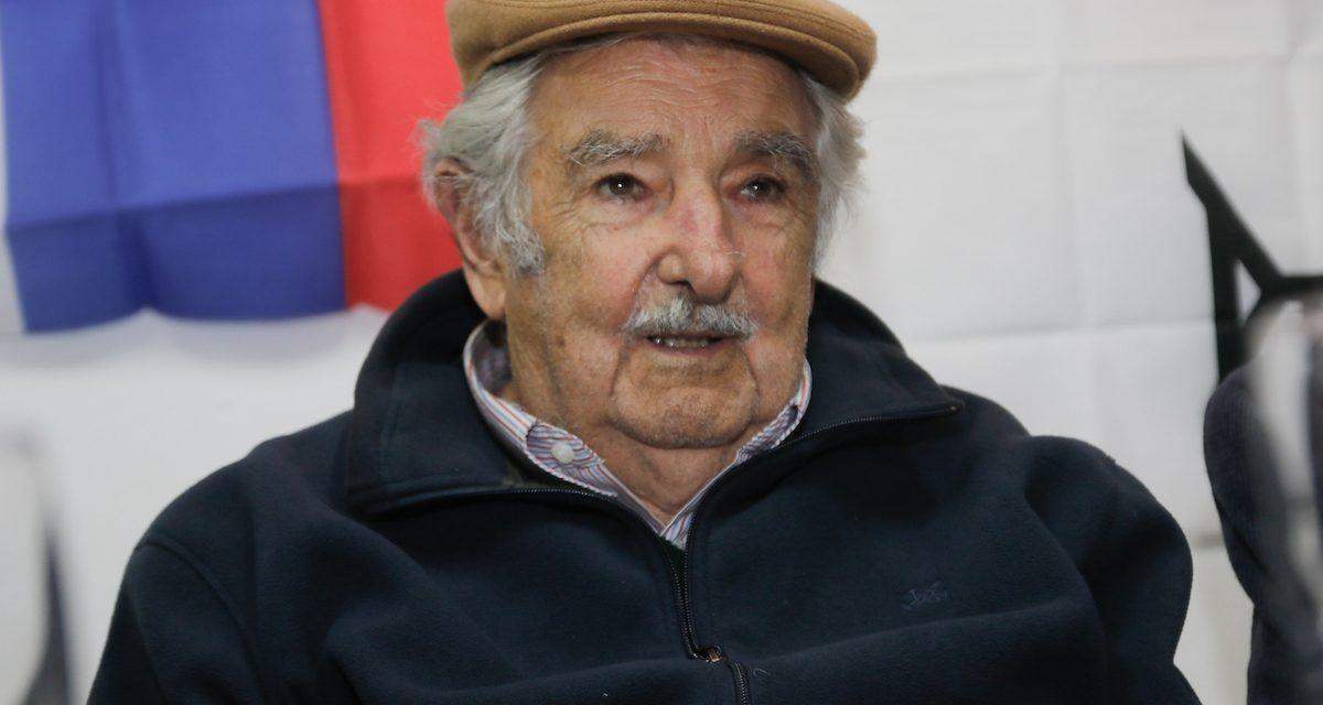 Mujica declaró que la reparación económica para las familias de las victimas de la guerrilla puede «ser viable»