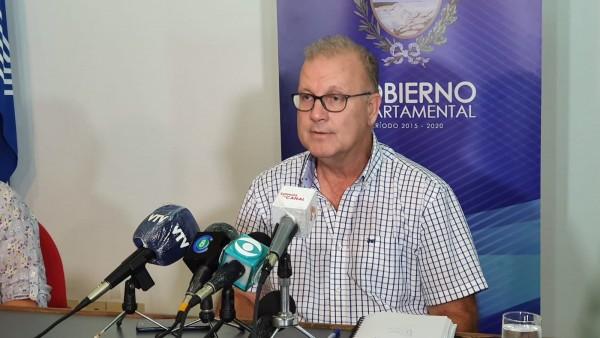 Intendente de Salto renunció al 25% de su sueldo y adoptó medidas de austeridad
