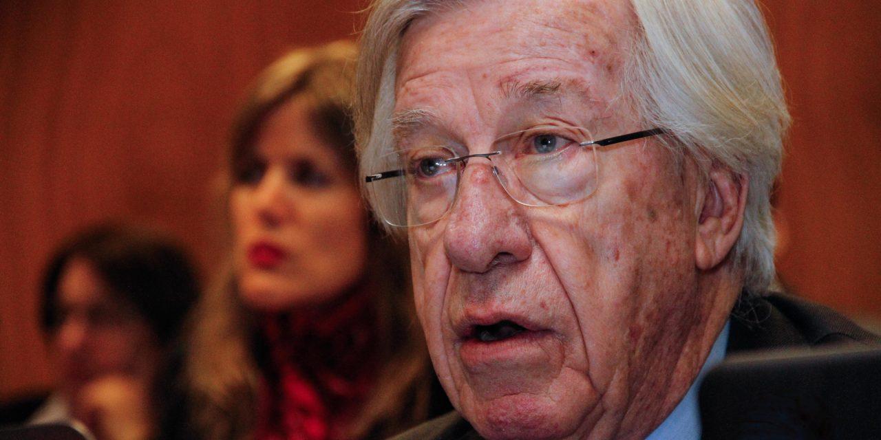 Astori presentará un proyecto de ley para gravar los depósitos de los uruguayos en el exterior