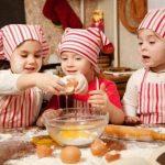 Cocinar con niños en esta cuarentena: las mejores ideas para cocinar y entretener a los más pequeños de la casa