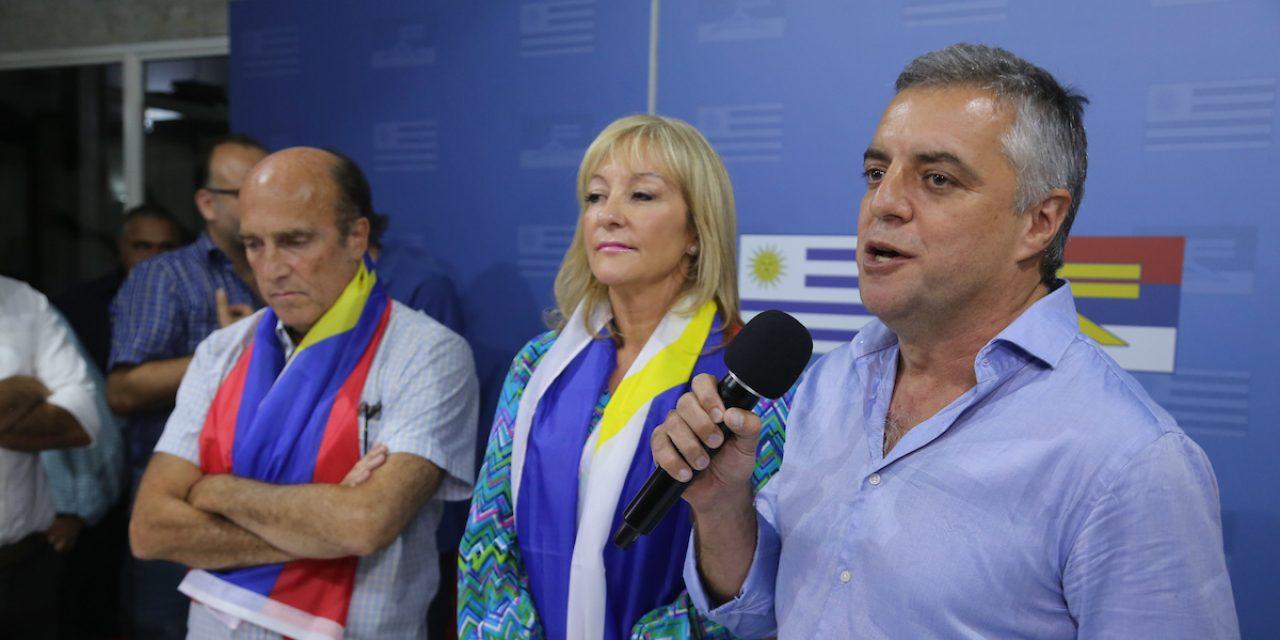 Martinez lidera interna del Frente Amplio; Villar y Cosse crecen, según Equipos Consultores