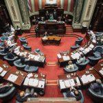 Senado aprobó la regla fiscal de LUC solo con votos de la coalición de gobierno