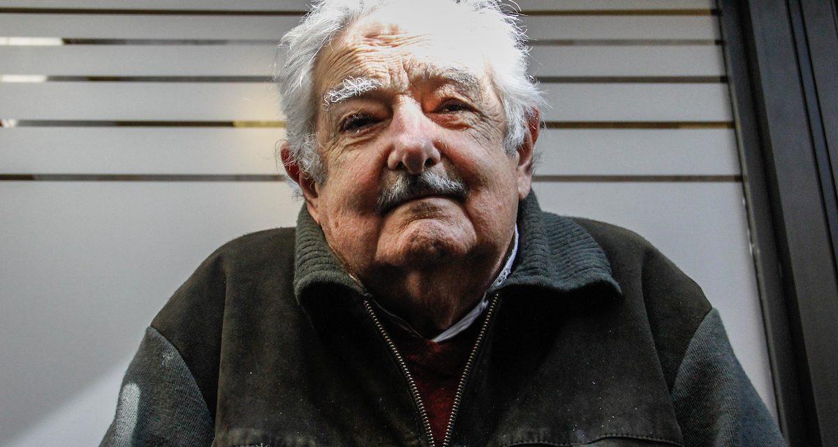 Mujica sobre la solución para el fideicomiso de asentamientos: «Es un remiendo del gobierno para arreglar el frente interno»