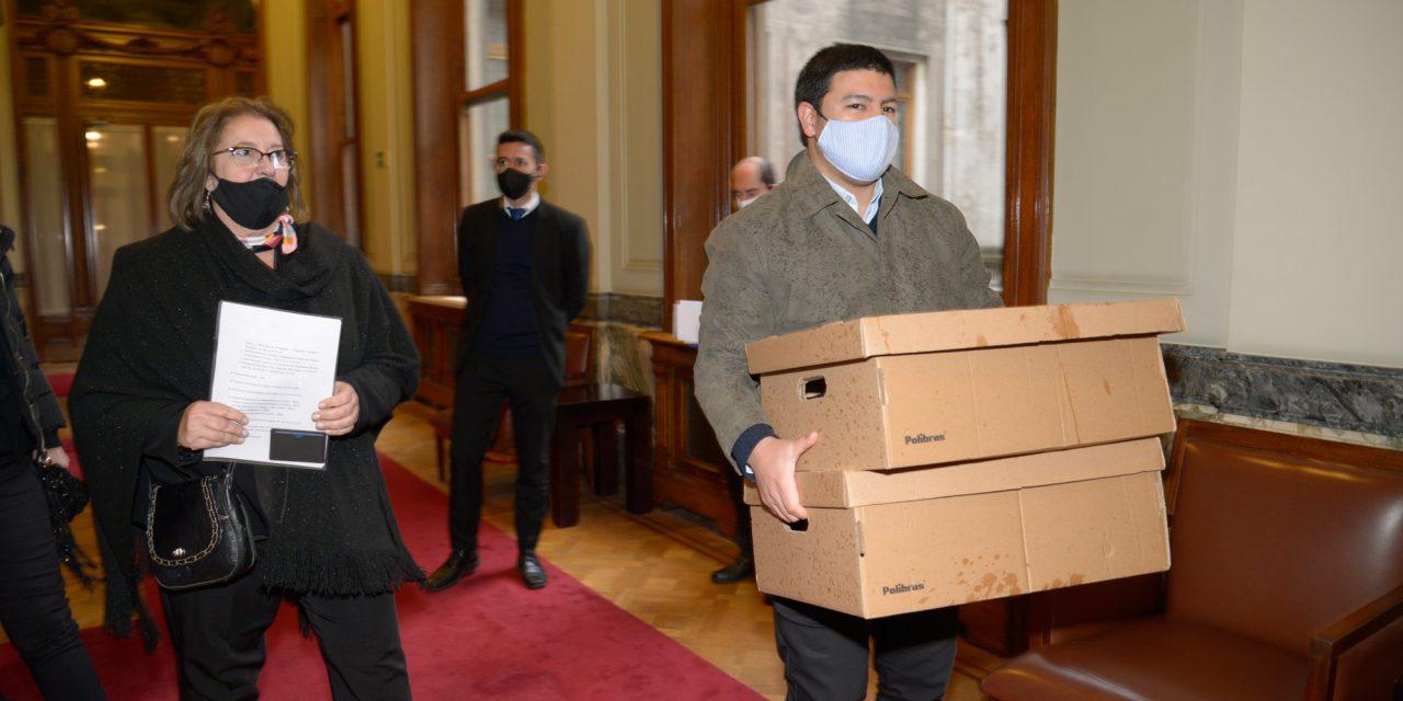 La Contaduría General de la Nación entregó al parlamento la rendición de cuentas