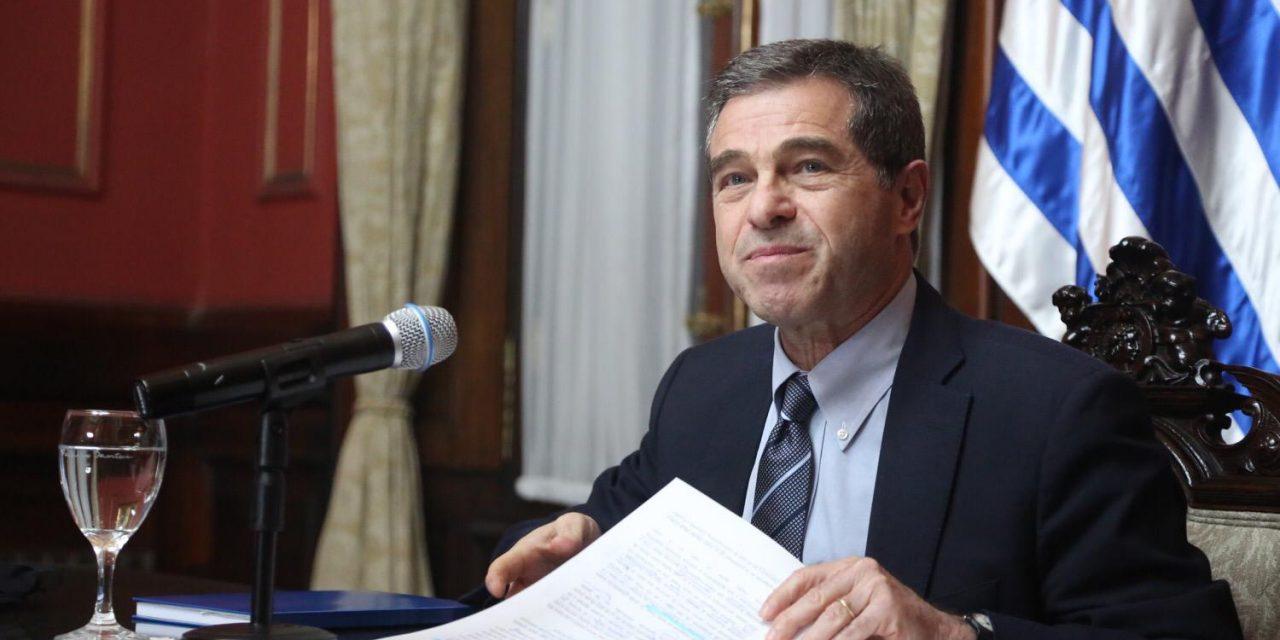 """Ernesto Talvi: """"No existe ningún vínculo de coordinación institucional con el diputado Melazzi por parte de la cancillería"""""""