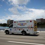 """Estados Unidos frena reapertura de comercios ante """"nueva ola"""" de coronavirus"""