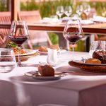 """Hoteles y restaurantes del Uruguay: Si no reciben un """"apoyo contundente es posible que más del 40% no abran sus puertas"""""""