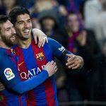 Barcelona prepara un homenaje para Suárez este sábado