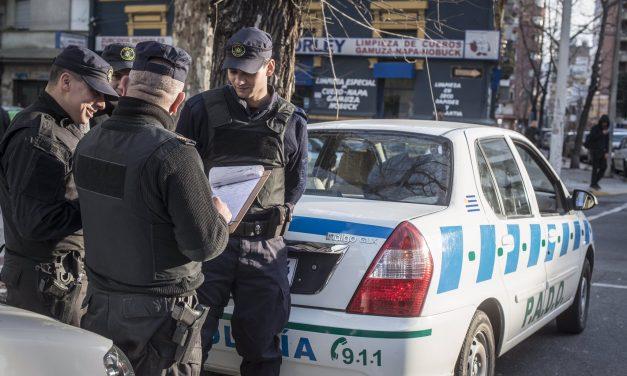 Policía denunció al hombre que interfirió en el procedimiento de la mujer en Punta Carretas