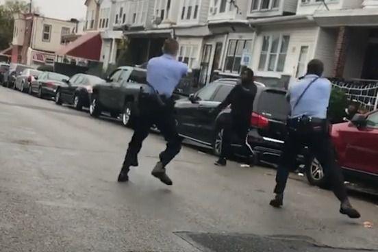 Policías acribillan a un hombre afrodescendiente en Filadelfia