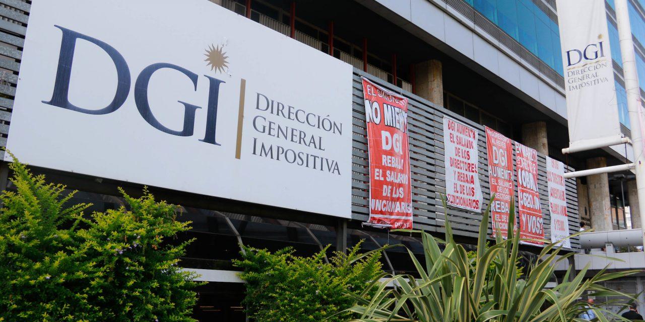 """Sindicato de DGI denuncia que presupuesto aumenta los cargos """"a dedo"""" en el organismo"""
