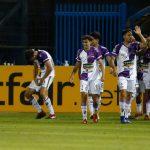 Fénix cayó 4-1 frente a Independiente
