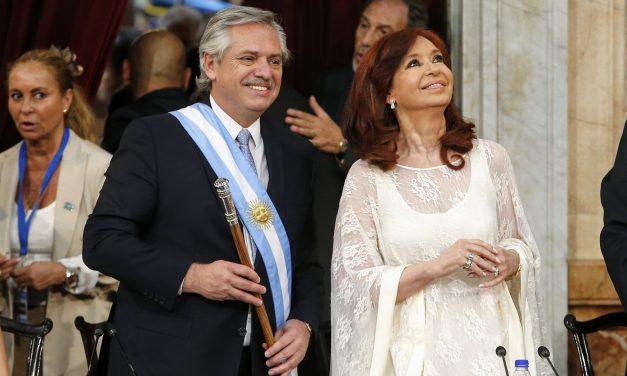 Argentina proyecta convertir la salud privada en pública: La columna de Ignacio Quartino