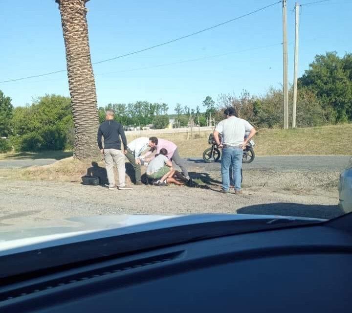 Lacalle Pou viajó a Anchorena y bajó a asistir en un siniestro de tránsito