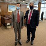Lacalle Pou se reúne este viernes con el embajador chino