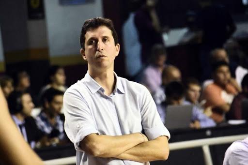 """Leonardo Zylbersztein: """"El equipo no se quiere ir mañana"""""""