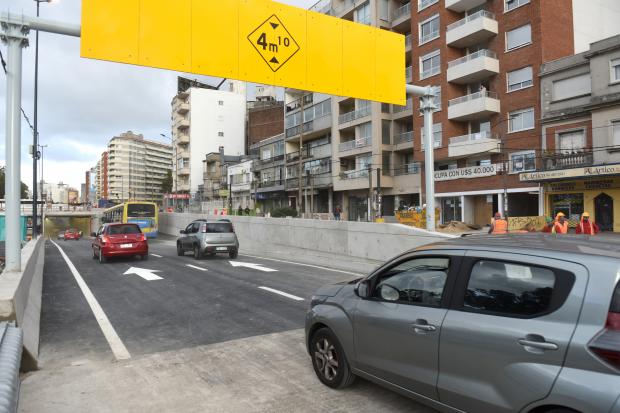 Túnel de avenida Italia: cómo funciona y qué vehículos pueden transitar