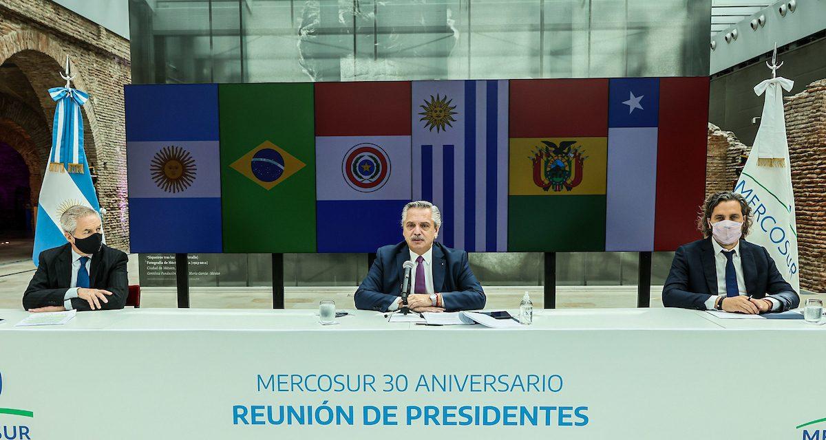 El Mercosur, Brasil y tres más: la columna de Julio Carzoglio