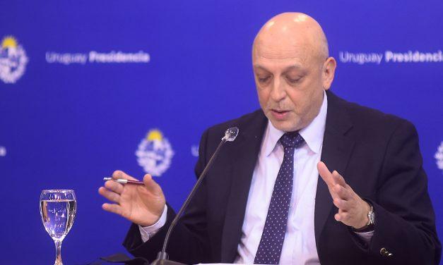 """Radi dijo que las democracias """"más consolidadas"""" tuvieron trayectorias """"más benévolas"""" de la epidemia"""