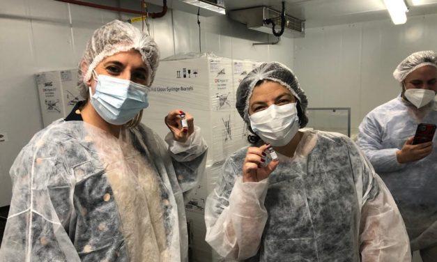 Argentina comenzó a producir la vacuna Sputnik V; esperan en junio elaborarla a gran escala