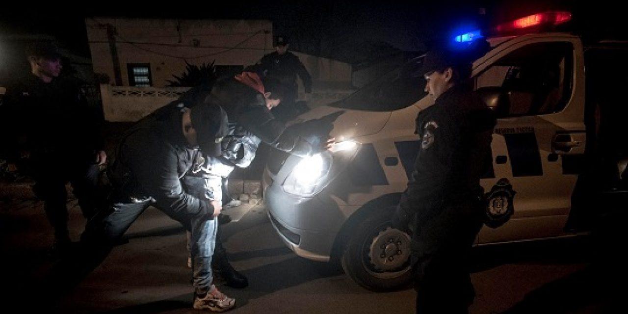 Detienen a cabecilla de varias bandas narco brasileñas tras eludir control policial en Tacuarembó