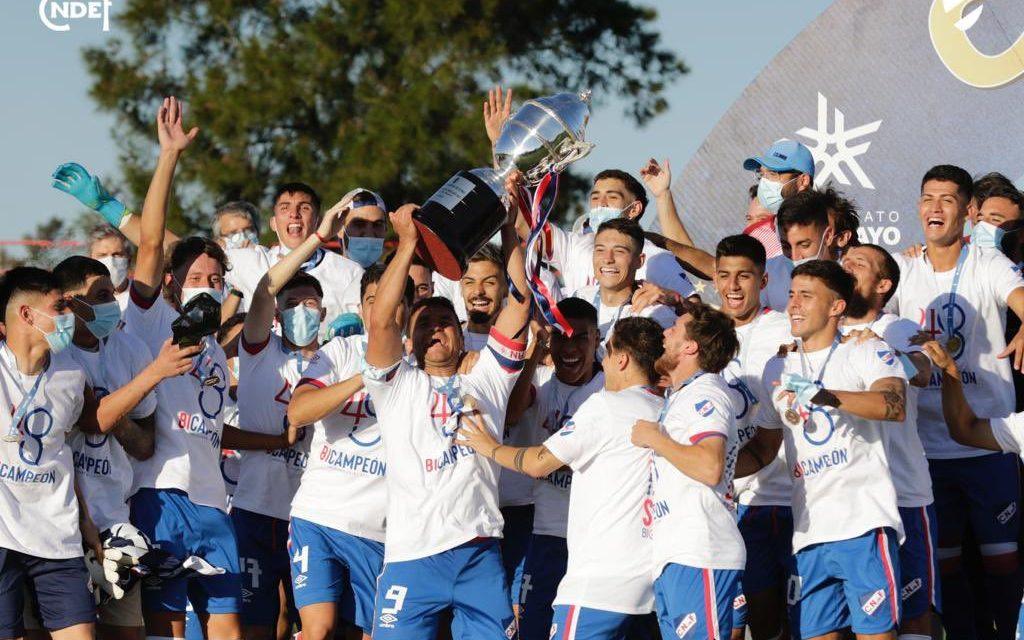 Nacional es bicampeón del fútbol uruguayo