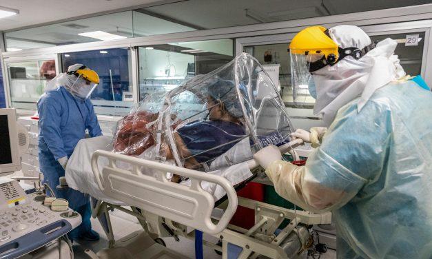 """Agrupaciones médicas rechazan """"enfáticamente"""" los dichos de Trostchansky"""