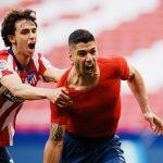Suárez le dio la victoria al Atlético y está a 90 minutos de ganar la Liga