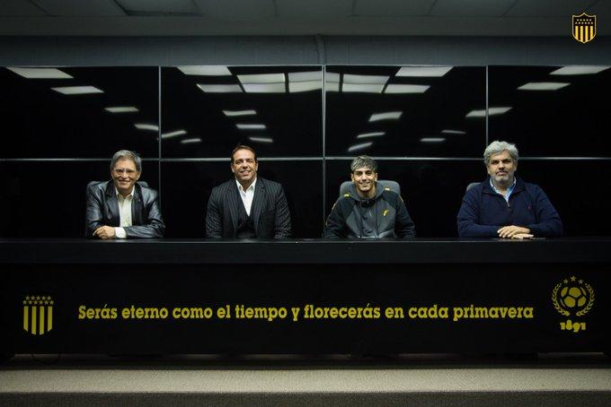 Ruglio anunció que Torres se queda por lo menos hasta agosto en Peñarol