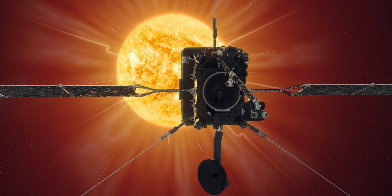 El satélite que orbita alrededor del sol: la columna de Carlos Vera