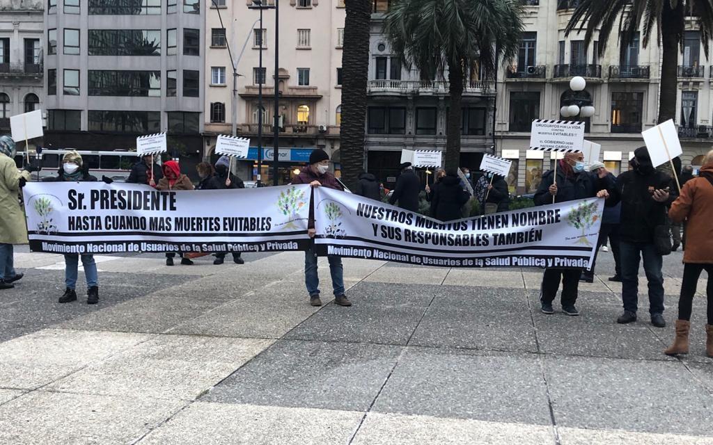 Usuarios de Salud Pública y Privada piden cortar por 21 días la circulación de la población