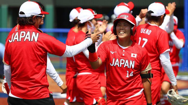 Sóftbol: Triunfos de Japón, Canadá y Estados Unidos