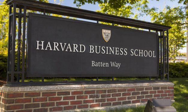 Harvard mudará las oficinas que tiene en Argentina a Uruguay
